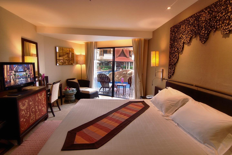 Offset Bunk Beds North Pattaya Hotel Garden Cliff Beach Resort Amp Spa